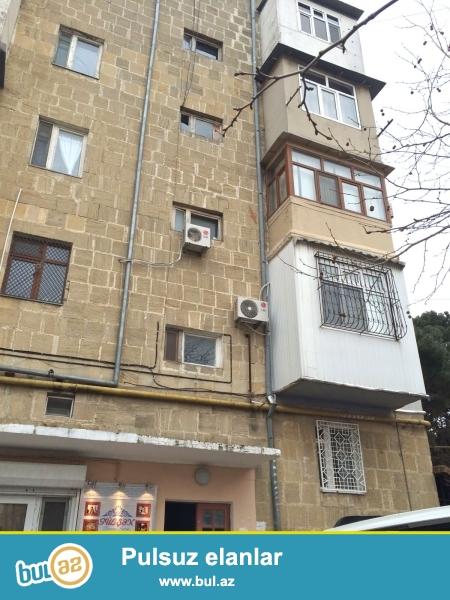 В престижном районе города,  по проспекту Нариманова, за 20 школой сдаётся 2-х комнатная квартира со всеми удобствами для проживания...