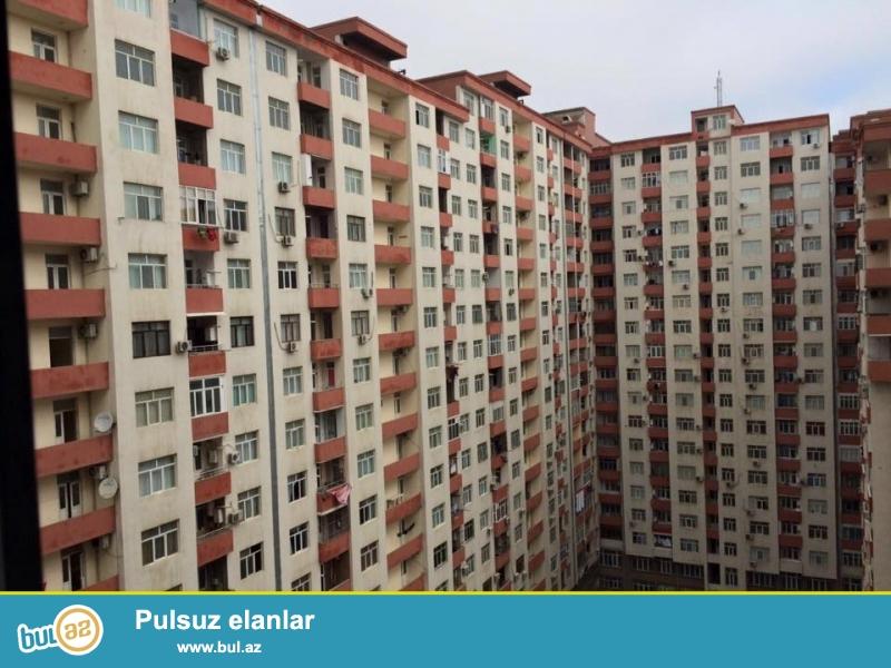 Около метро 20 января, в заселенном комплексе с Газом сдается 3-х комнатная квартира, 17/14, общая площадь 190 кв...