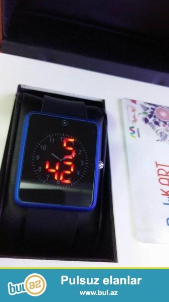 New led  watch.paslanmayan polatdan korpus,silikon demer,suya davamlı,mineral şüşe,saat,saniye...