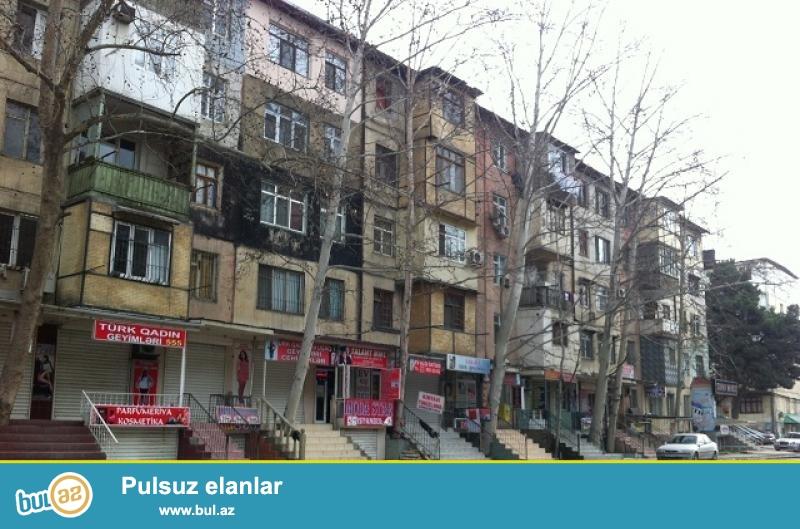 Продается 3-х комнатная квартира в Сабаильском районе, в поселке Патамдарт, рядом с домом торжеств «Ибрагим»...