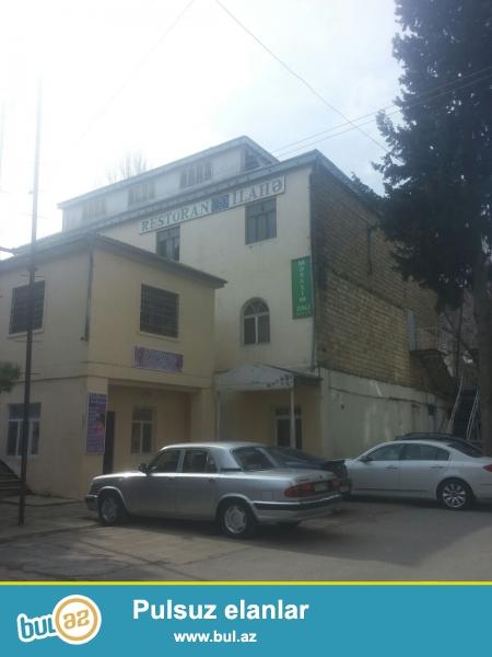 Obyekt Yasamal rayonu Tpocubasov cerrahiye xestexanasi( eksperimentalni xestexana) ile uz be uz mehellede yerlesir...