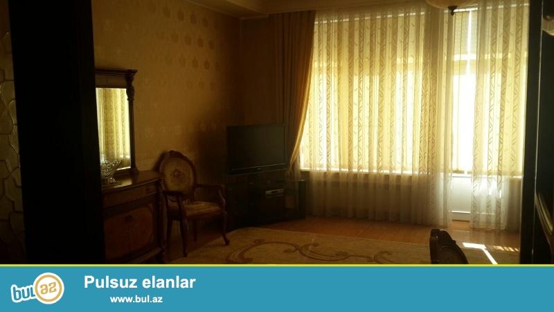 Новостройка! Cдается 4-х комнатная квартира в центре города, в Насиминском районе, по проспекту Азадлыг, рядом с Насиминским рынком 13/18...