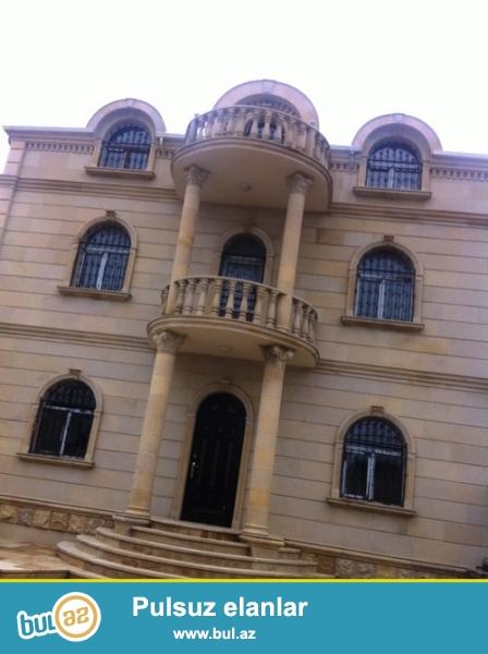 Продается 3-х этажная вилла в Абшеронском районе, в поселке Хырдалан, рядом с Пивзаводом...