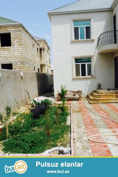Binəqədi rayonunda Binəqədi qəsəbəsində daynacağa bağçaya  5 otaqlı həyət evi satılır, ümumi sahəsi  300kv ,  ev  150kv...