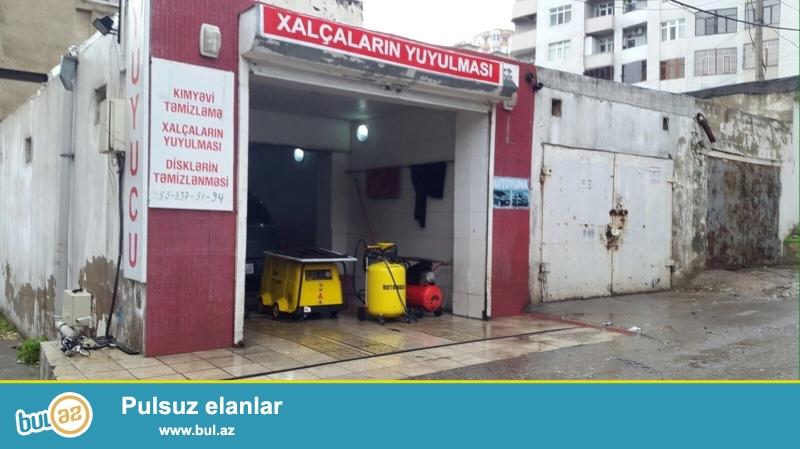 Bineqedi rayonu, 9-cu mkr, cavadxan kuc,  Zerife Eliyeva goz klinikasinnan uzbeuz...