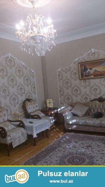 Ukrayna Dairəsinin yaxınlığında, H.Əliyev adına parkın üst tərəfində, N...