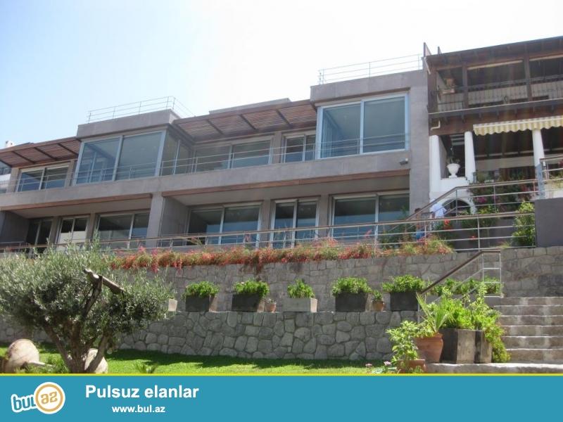 """Этот впечатляющий отель в Ялыкаваке, Бодрум, названный во многих путеводителях """"одним из лучших отелей в Турции"""", обладает несколькими наградами, и заслужил множество положительных отзывов на различных интернет порталах..."""
