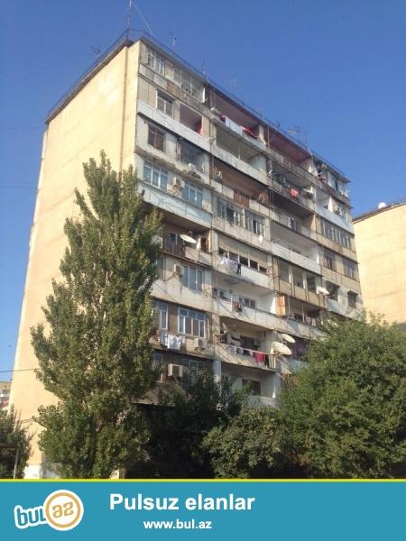 СРОЧНО!!! В районе Ясамал, по улице Шарифзаде около Гюнеш петрол, ленинградский проект, 9/4, раздельные, просторные комнаты, удачно переделано из 2-х комн...