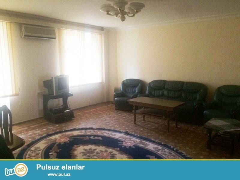 Сдается 3-х комнатная квартира в центре города, в Сабаильском районе, по улице Низами, рядом с «Музыкальным театром имени Р...