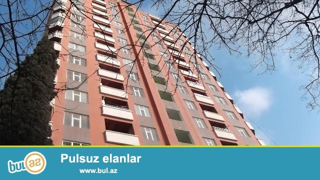 """Nəsimi rayonu, 4 mkr, """"Favorit"""" marketin yaxınlığında ,tam yaşayışlı yeni tikilidə 2 otaqlı mənzil satılır..."""
