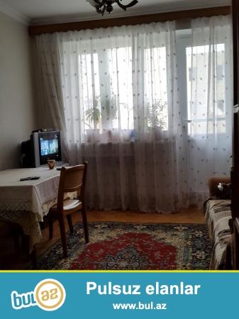 Nesimi rayonunda  28 may metrosuna yaxin  3mertebeli binanin   2-ci mertebesinde   35 kv sahesi olan 2 otaqli     orta  temirli menzil kiraye verilir...