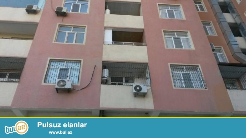 3 мкр, около д/т Егана, в элитном, 100% заселенном комплексе продается 4-х комнатная квартира, 13/10, общая площадь 135 кв...