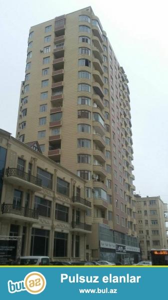 Nermanov rayonu Ceyhun Hacibeyli kucesi 4otaqçela temirli 192kv,tam yasayisli binadir,qaz,su,isiq var,panaramasi seheredir