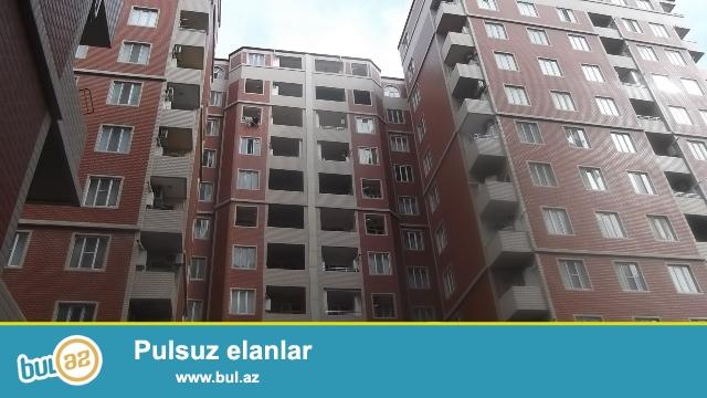 """Nəsimi rayonu, 4 mkr, """"Qızıl Tac"""" ş\s yaxınlığında , tam yaşayışlı yeni tikilidə 2 otağa düzəldilmiş mənzil satılır..."""