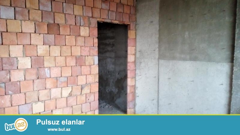 Срочно!В посёлке Ени Ясамал(конечная остановка автобуса 77),продаётся 3-комнатная квартира под маяк,с отличной панорамой на город,площадью 111 кв...
