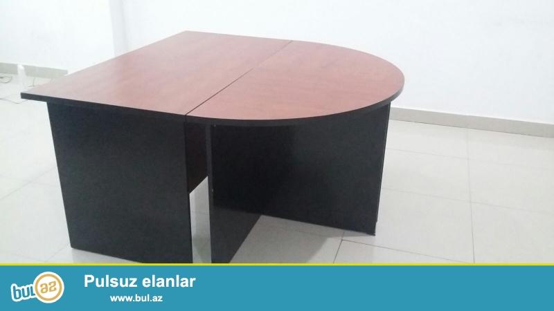 Ofis stolu-1 komplekt-100azn(2 komplekt var)<br /> ikisi birlikde alinarsa qiymetde razilasmaq olar.