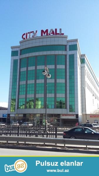 В  срочном порядке ! Для солидных клиентов! В близи действующего рынка  (3-й микрорайон), прямо у дороги, по улице Алы Мустафаева 30/14...