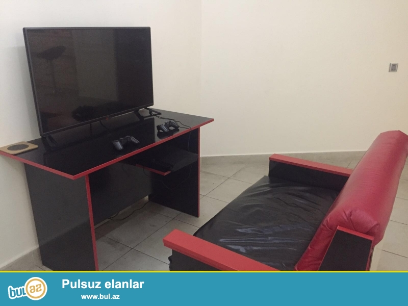 Playstation desti satilir. 1eded 102 ekran LG Led Tv, 2eded prowivkali playstation 3, 4eded joistik, 3eded disk (fifa 2015,pes 2015)...
