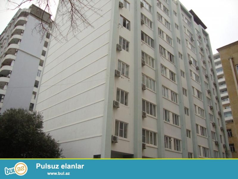 СУПЕР ВАРИАНТ!!! В Ясамальском районе,  по улице 6-я параллельная, около маркета «FAVORİT»  продается 3-х комнатная квартира...