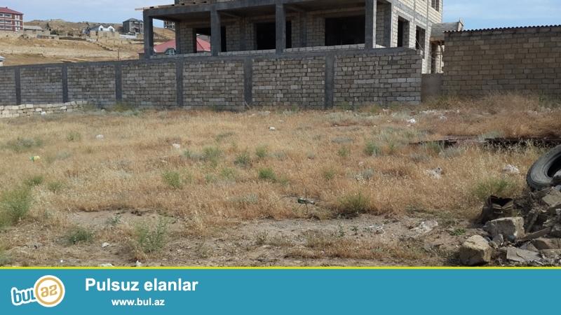 Təcili!!! Badamdar qəsəbəsində 3-cü massivdə  13 sot torpaq sahəsi satılır...