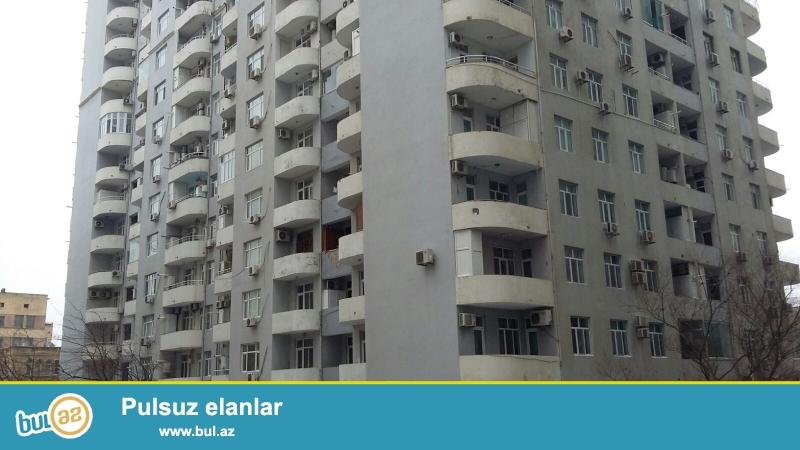 Очень срочно! Продается  3-х комнатная  квартира  нового   строения  , 11 / 16 , площадью  137  квадрат , расположенная на 6 паралельной  рядом с супермаркетом ФАВОРИТ...