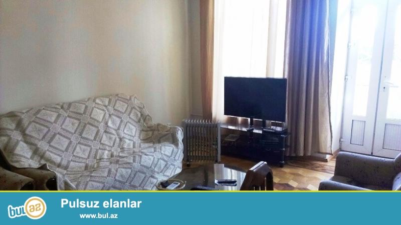 Cдается 3-х комнатная квартира в центре города, в Сабаильском районе, по проспекту Нефтяников, рядом с рестораном «Pasifico Lounge and Dining»...