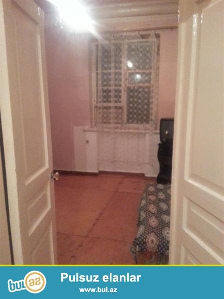 2-х комнатная в хорошем удобном районе  сталинка...