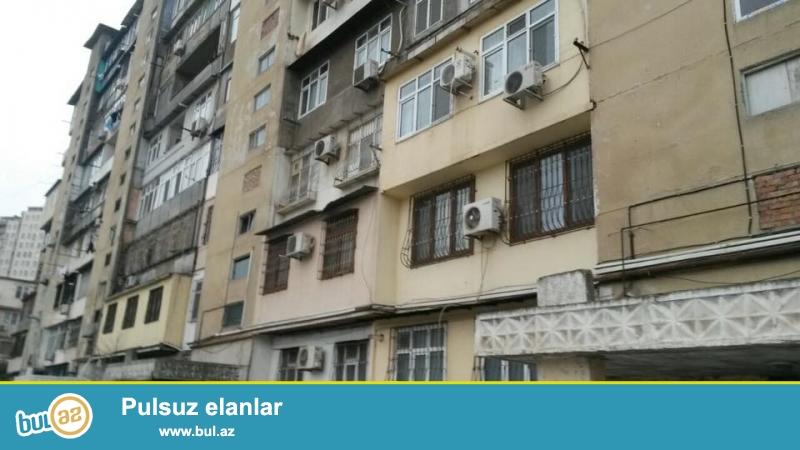 СРОЧНО!!! 4 мкр, около круга, ленинградский проект,  9/5, общая площадь 120 кв...