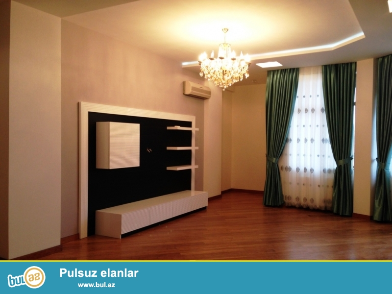 Сдается  4 комнатная люкс  квартира за парком Офицеров, по ул...