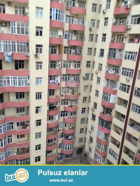 Эксклюзивная продажа!!!  В районе Ени Ясамал, около Бизим маркет, в элитном, полностью заселенном комплексе с Газом продается 2-х комнатная квартира, 17/11, общая площадь 70 кв...