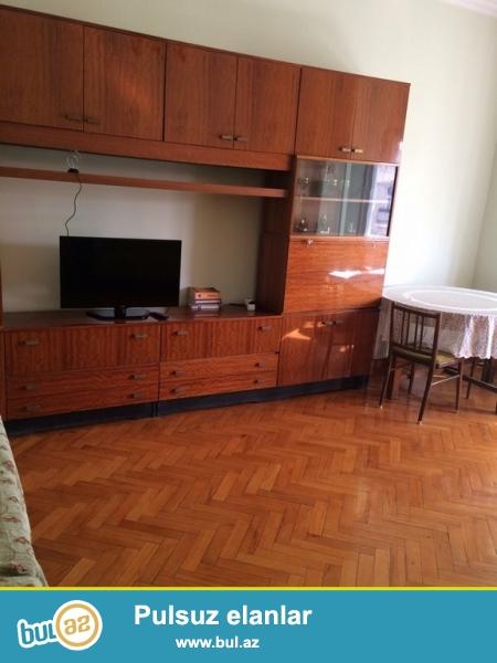 Срочно! По улице Низами 83 на Тарговой сдается в аренду на долгий срок 2-х комнатная квартира  старого строения, 5/5, площадью  70  квадрат...