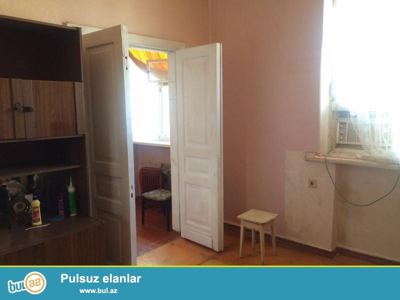 2-х комнатная в хорошем удобном районе на проспекте Строителей  сталинка...