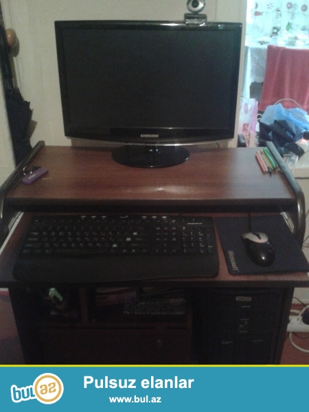 2ram 1video 300gb yaddasli komputer stolu ili bilge tecili satilir...