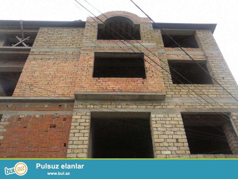 Продается 4-х этажная вилла в Наримановском районе, по проспекту Ататюрк, рядом с «BIG STORE» маркетом...