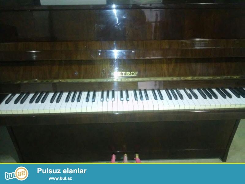 Əla veziyetde Belarus,Petrof, Rosler, Weinbash... pianinosu, keklenmish, nizamlanmish veziyetde, tar ve ud...