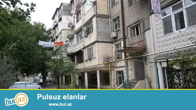 Təcili!!! Bazar qiymətindən aşağı. Yasamal rayonu, İnşaatçılar metrosunun və ''Şah Dag'' ş\s yaxınlıqında 2 otaqlı mənzil satılır...