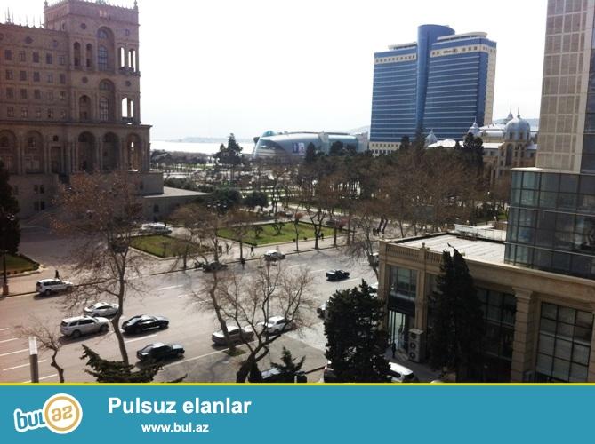 Сдается 3-х комнатная квартира в центре города, в Сабаильском районе, по улице Ф...