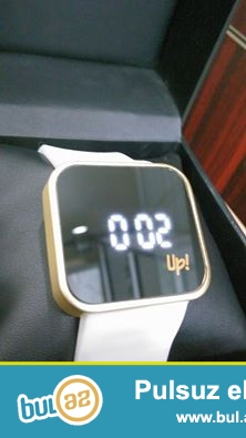 Up watch :paslanmayan polatdan korpus,silikon kemer,suya davamlı,sensorlu ekran,mineral şüşe,saat,saniye...