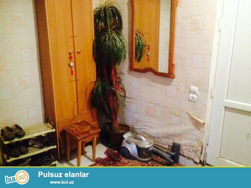 Tecili olaraq Nerimanovda FUNDA klinikasinin yaninda temirli ve tam esyali ev kiraye verilir...