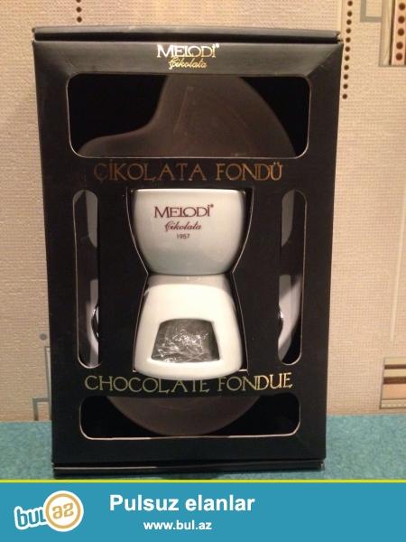 "Yeni""Chocolate Fondue"" qabı---ela veziyyetdedir hec bir xerc teleb etmir"