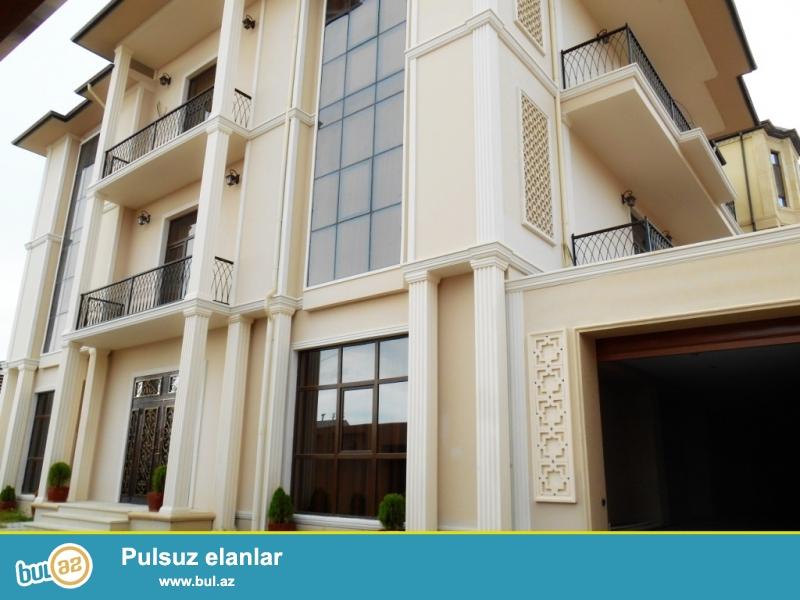 **РУФАТ*АЙНУР** Продается 3х этажная вилла на Патамдаре, возле AF OTEL, ниже ресторана Гелин Гая, 6 соток, строили для себя, дорогой дизайнерский ремонт, 1 зал, 5 комнат, 1 холл, 4 сан/у, 700 кв...