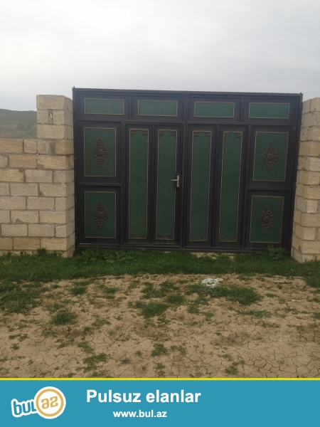 Qobu qəsəsbəsi əsasə  yoldan 200 metr aralı Sənədlər qaydasındadır...