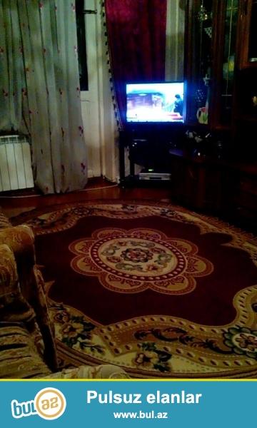 Avtovagzalin yaninda 2 otaqli, her yere yaxin ve yaxsi temirli ev satılır...