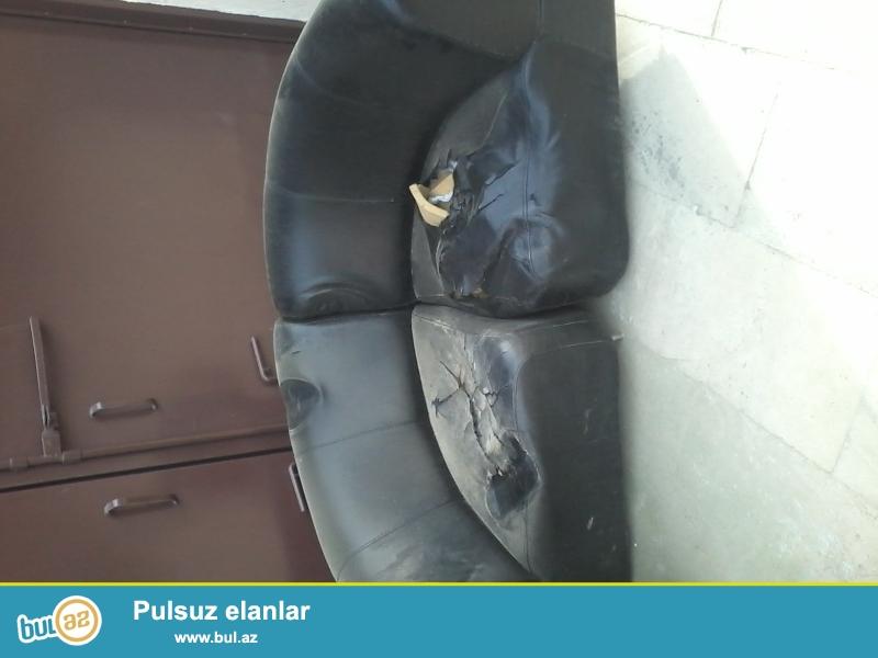 Salam Cay evi ucun kunc divanlari kohnedi,3ededdi hamisi bir yerde 15azn