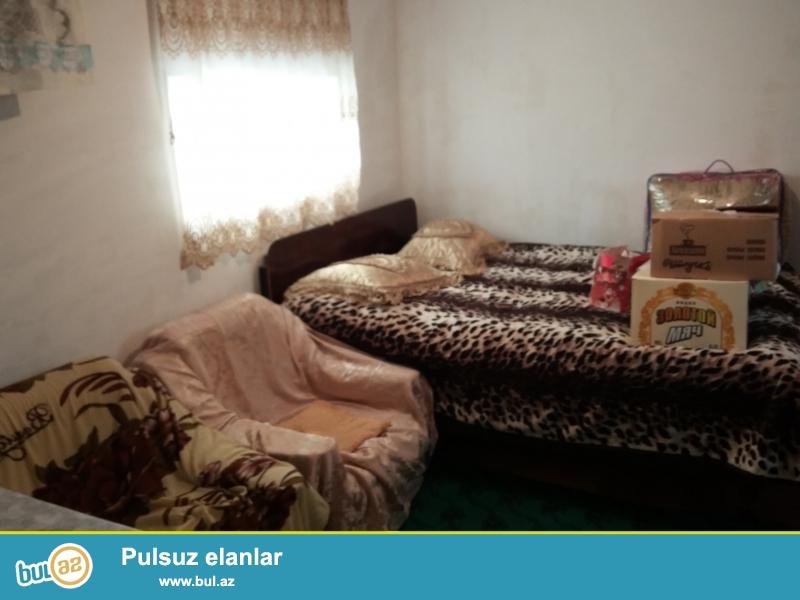 Esyalarla birlikde verilir heyet evidi 1 otagdi. Hamam tualet opsidi...