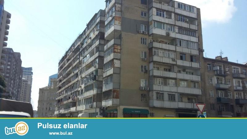 Сдается 4-х комнатная квартира в центре города, в Насиминском районе, рядом с метро 28 мая...