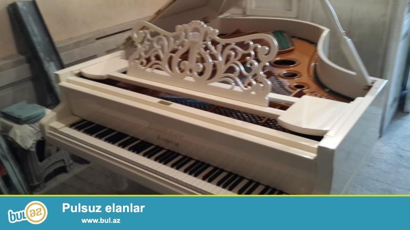 350 man. bashlayan giymetlerle pianinolar, ve Almaniya istehsali ag rengde, ela veziyyetde royal satilir...
