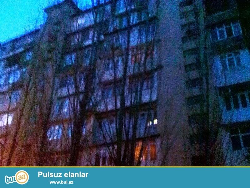 """Binəqədi rayonu, 9MKR, """"Sona"""" ş/s yaxınlığında, leninqrad  layihəli  binada , 3 otaqlı mənzil satılır..."""