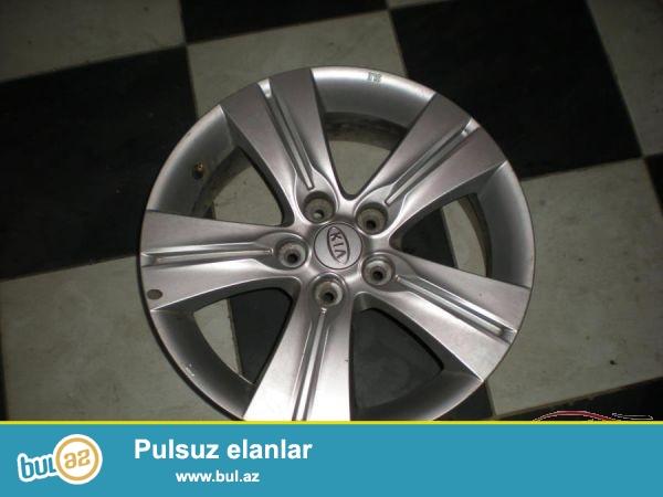 Təzə Kia Sportage motorunu, karobkasini, iki fara, 4 təkərini və 4 diskını ucuz qiymətə satıram...