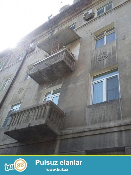 В самом элитном районе, на Монтине, по улице Табриз (бывщ...